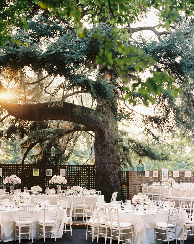 On average, couples spend $13,385 on the wedding venue.