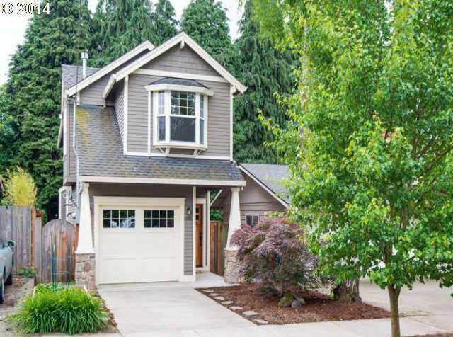 6814 N. Swift St., Portland, ORThis home close to the University of Portland was remodeled for energy efficiency and is green-certified. It has bamboo floors throughout. The kitchen sports granite countertops and stainless steel appliances.