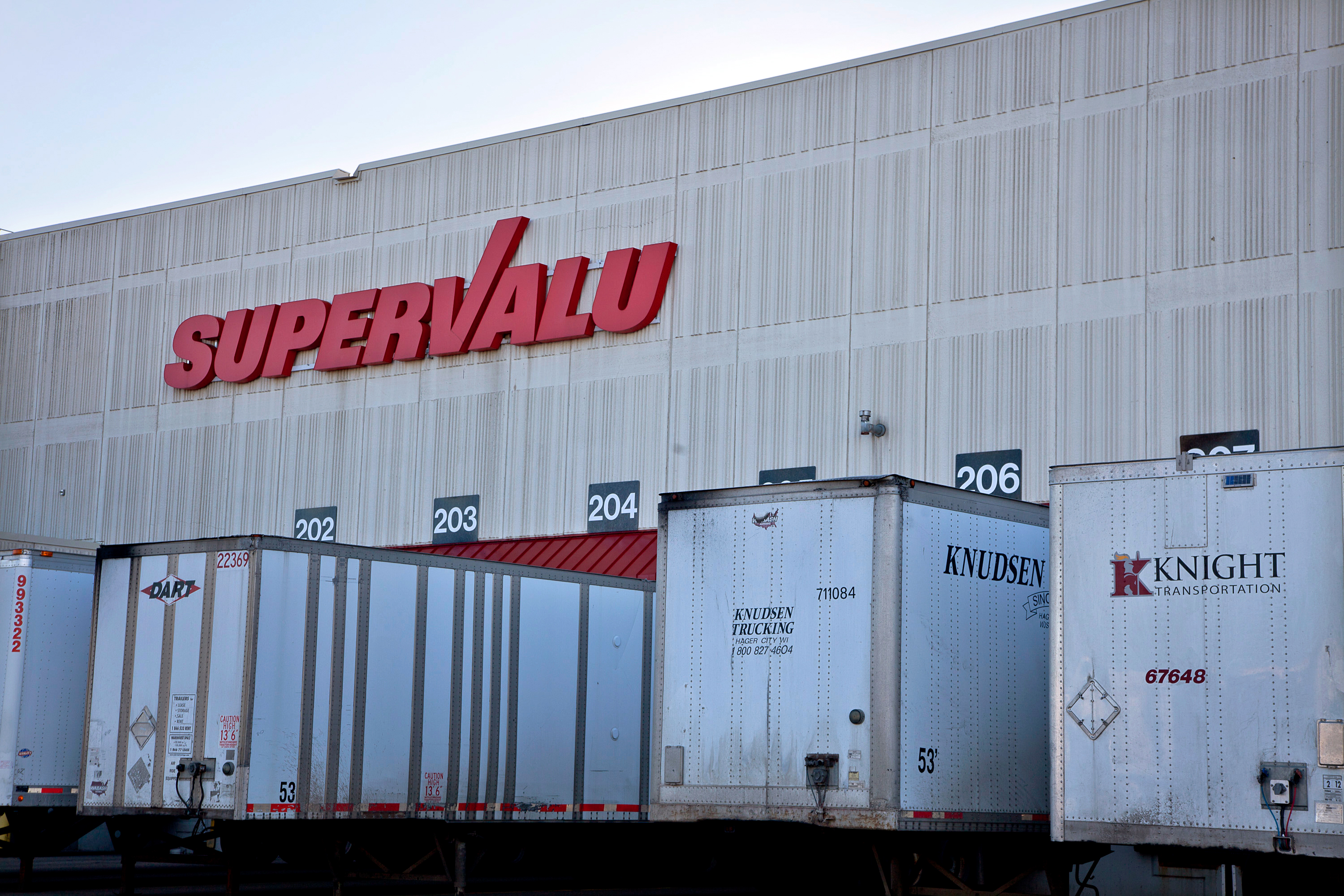 The Supervalu Inc. logo is displayed at a distribution center in Hopkins, Minnesota.