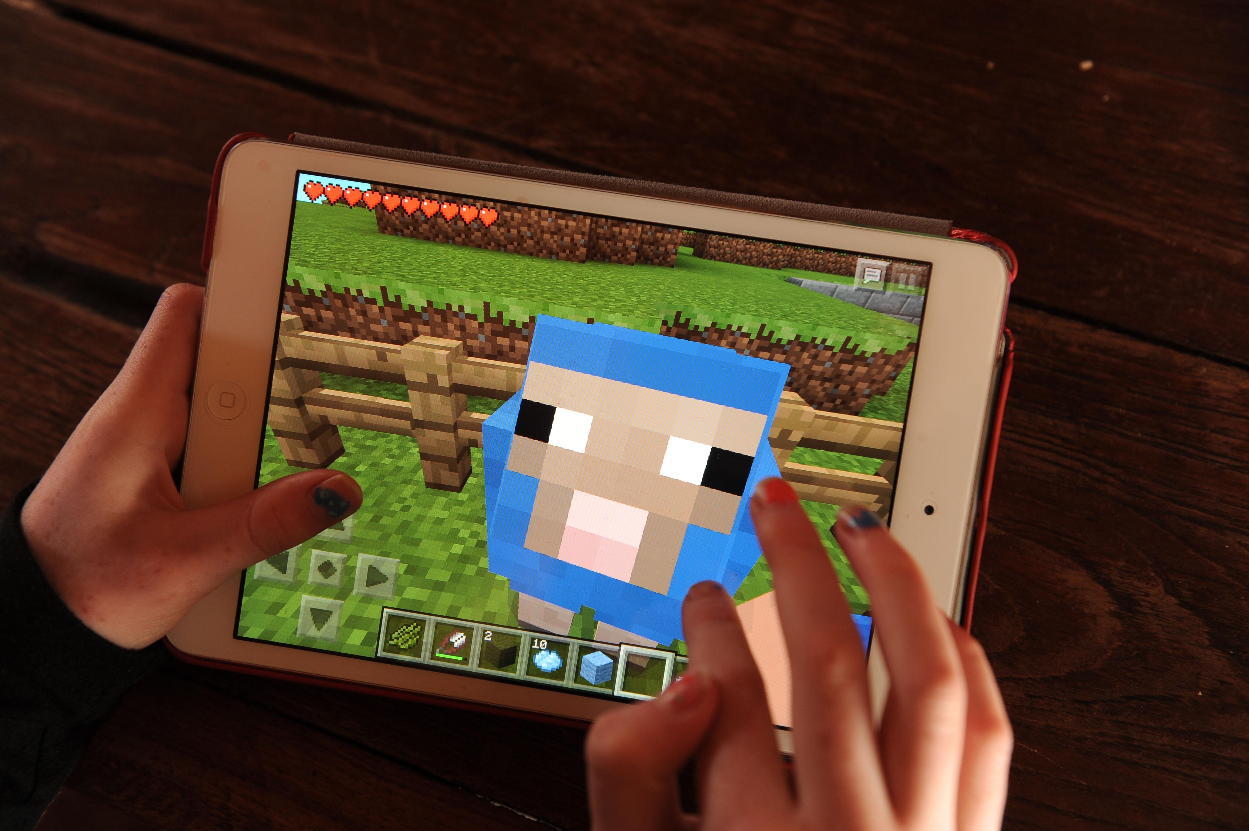 Minecraft on an Apple iPad