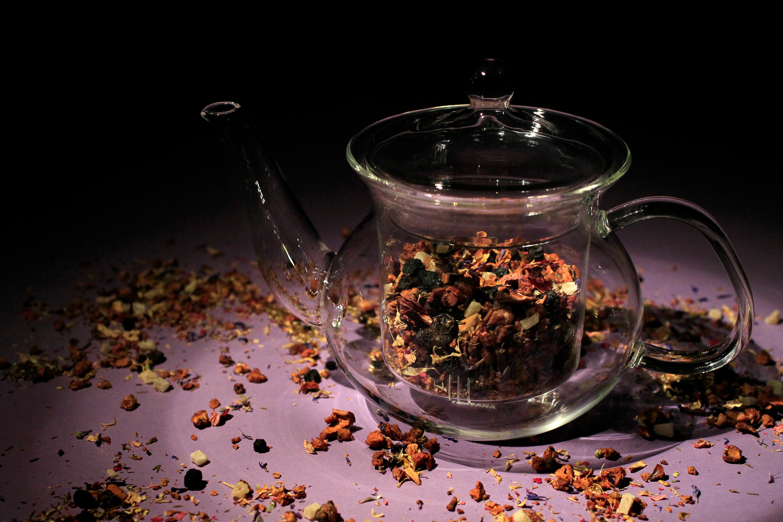 Blueberry Bliss and Pineapple Kona Pop tea mix with Teavana glass teapot