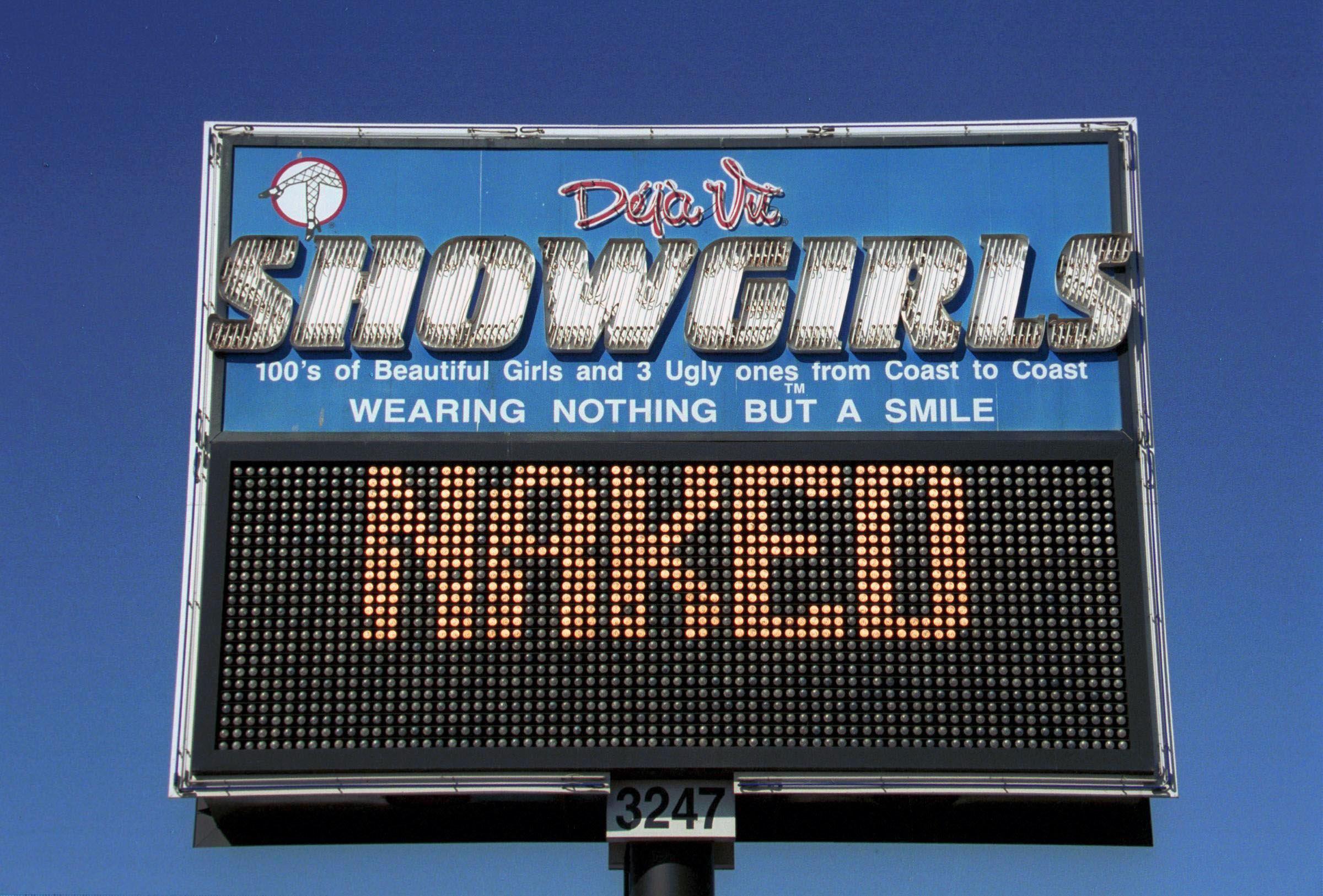 Déjà Vu Showgirls strip club