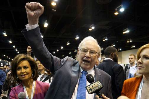 5 Critical Takeaways From Berkshire Hathaway's 50th Anniversary Meeting