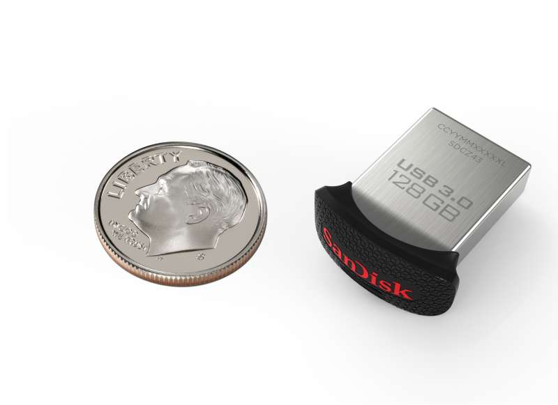 128GB SanDisk Ultra Fit USB 3.0 Flash Drive next to a dime