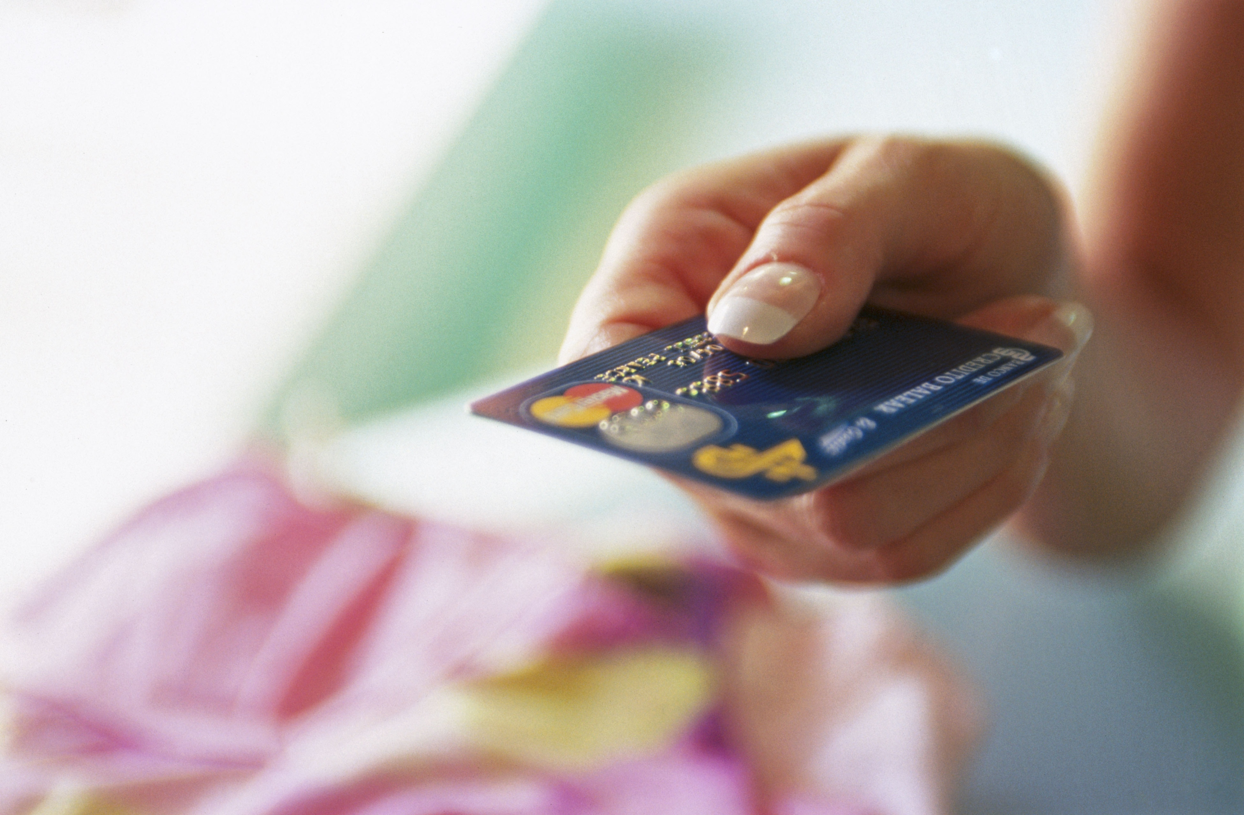 How Soon Will Your Credit Card's APR Go Up Once the Fed Raises Interest Rates?