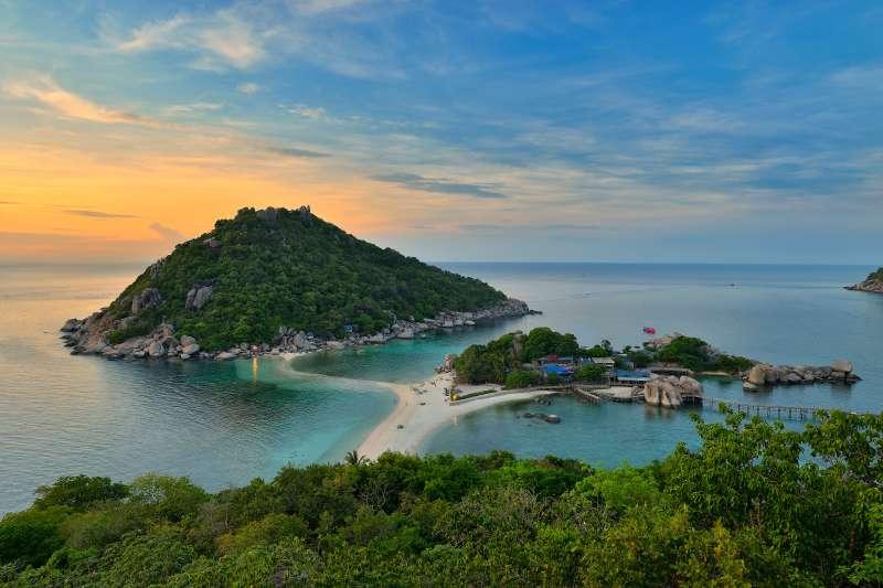 Beach of Thale Waek sea Nangyuan Island, Thailand.