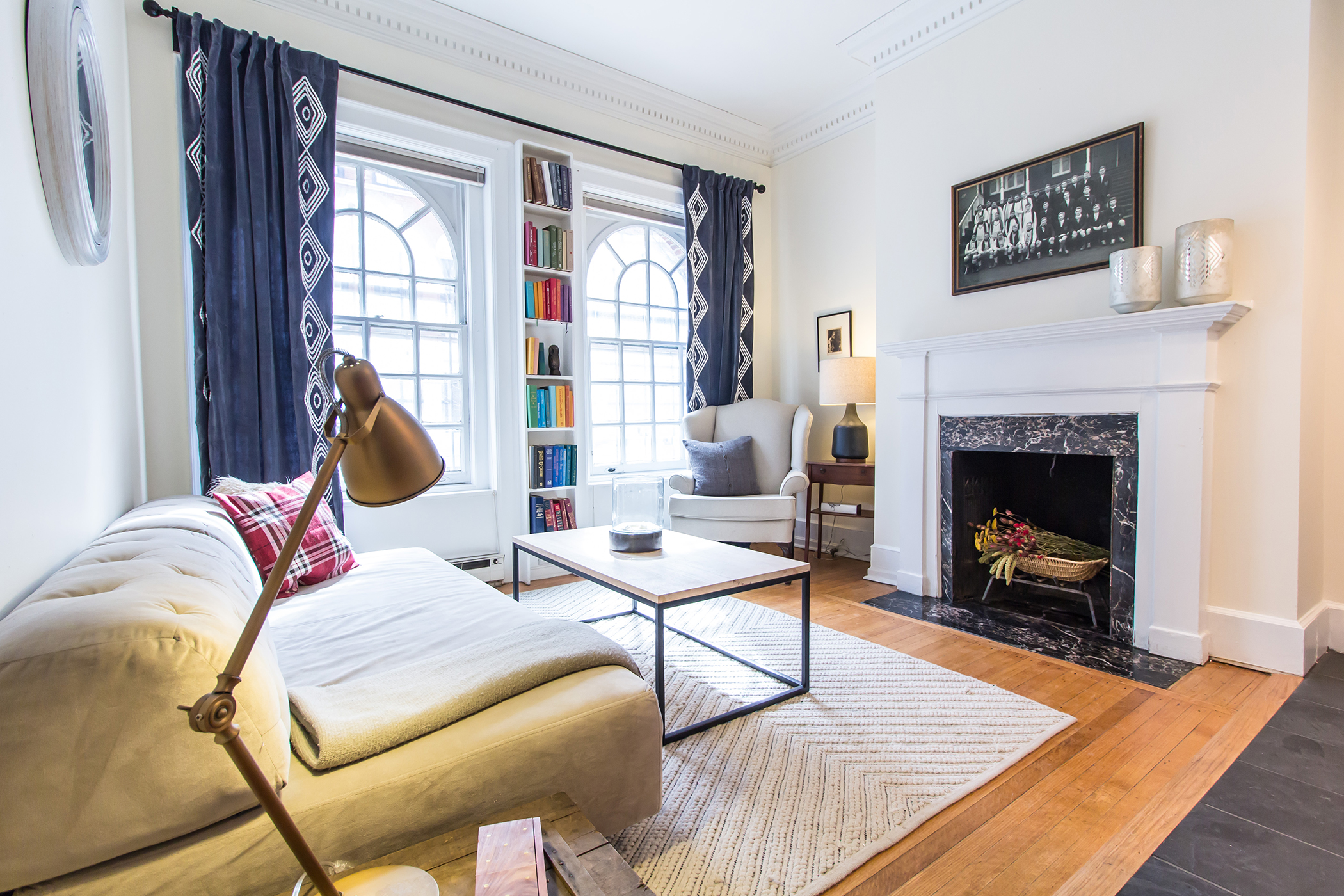 Airbnb Mansion Apartment in Rittenhouse
