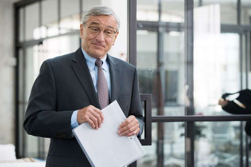 "Robert De Niro heads back to work in ""The Intern"""