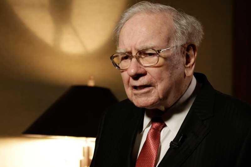 Warren Buffet in his office in Omaha, Nebraska, on August 4, 2015.