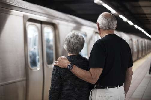 Men Retire to Spend Time With Their Spouses, Women Not So Much