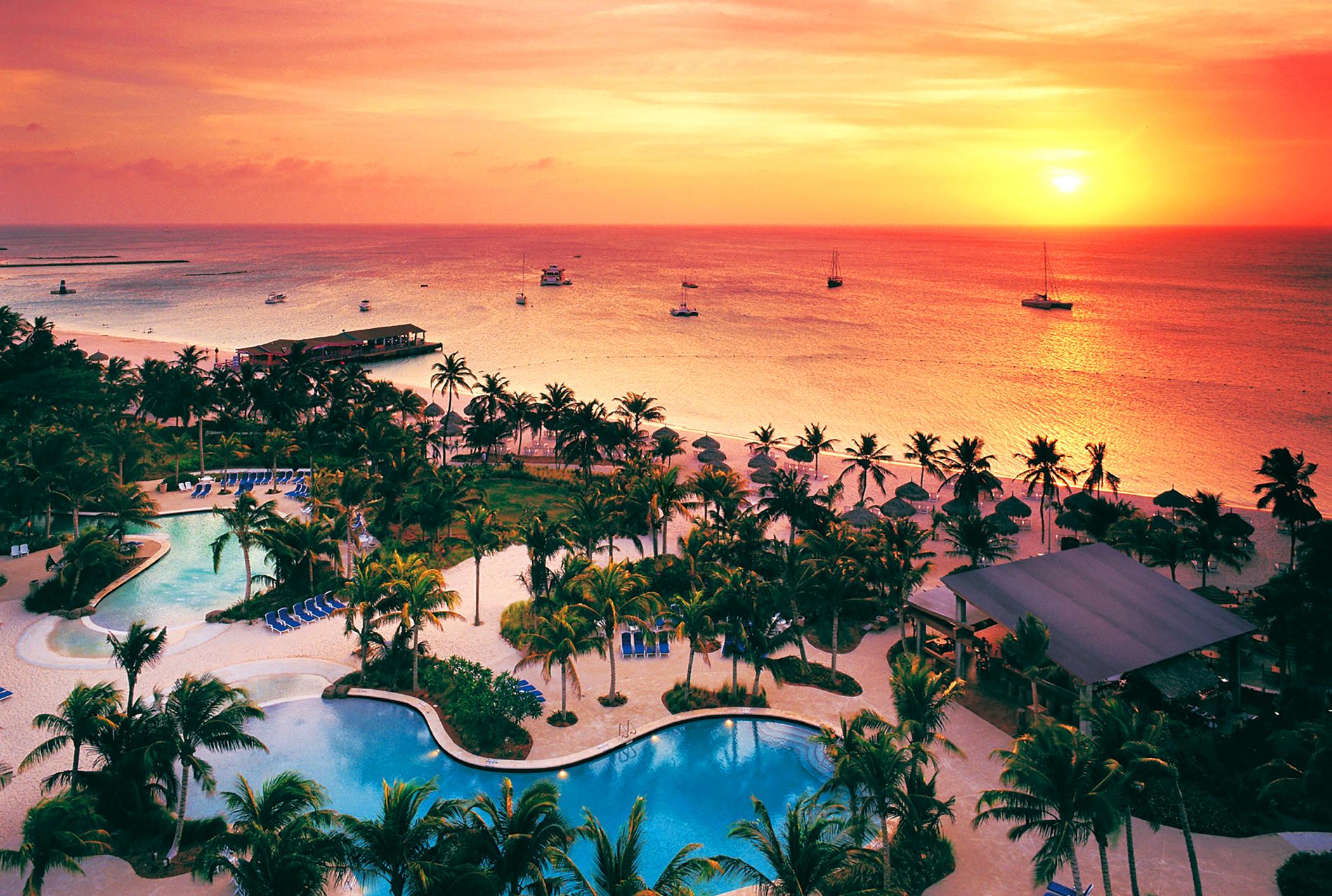 The Hilton Aruba, where rates are 45% less before Christmas week.