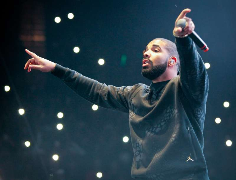 Drake performs at REAL 92.3's 'The Real Show' at The Forum on November 8, 2015 in Inglewood, California.