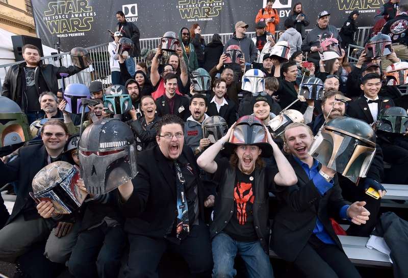 Fans cheer in the stands at world premiere of  Star Wars: The Force Awakens  at the TCL Chinese Theatre in Los Angeles.