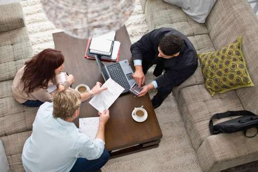 4 Essential Questions to Ask Before Hiring a Financial Adviser