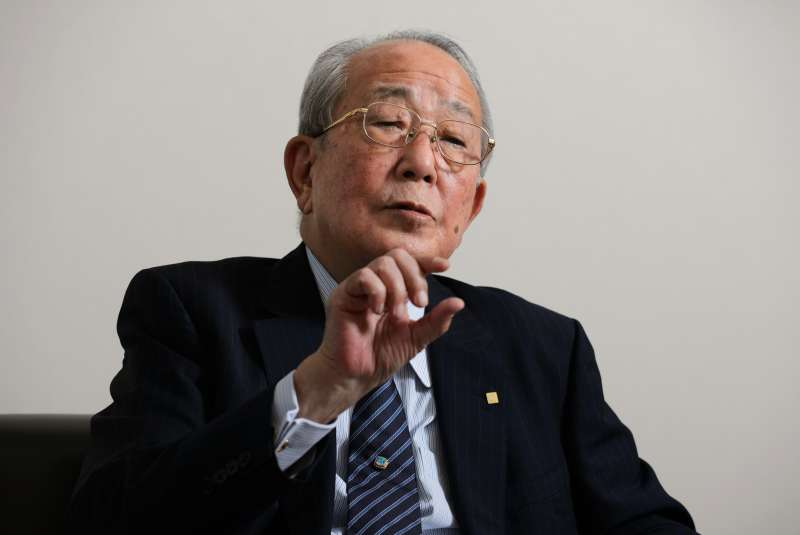 Kazuo Inamori, founder and chairman emeritus of Kyocera Corp., speaks during an interview in Kyoto, Japan, on Friday, Oct. 23, 2015.