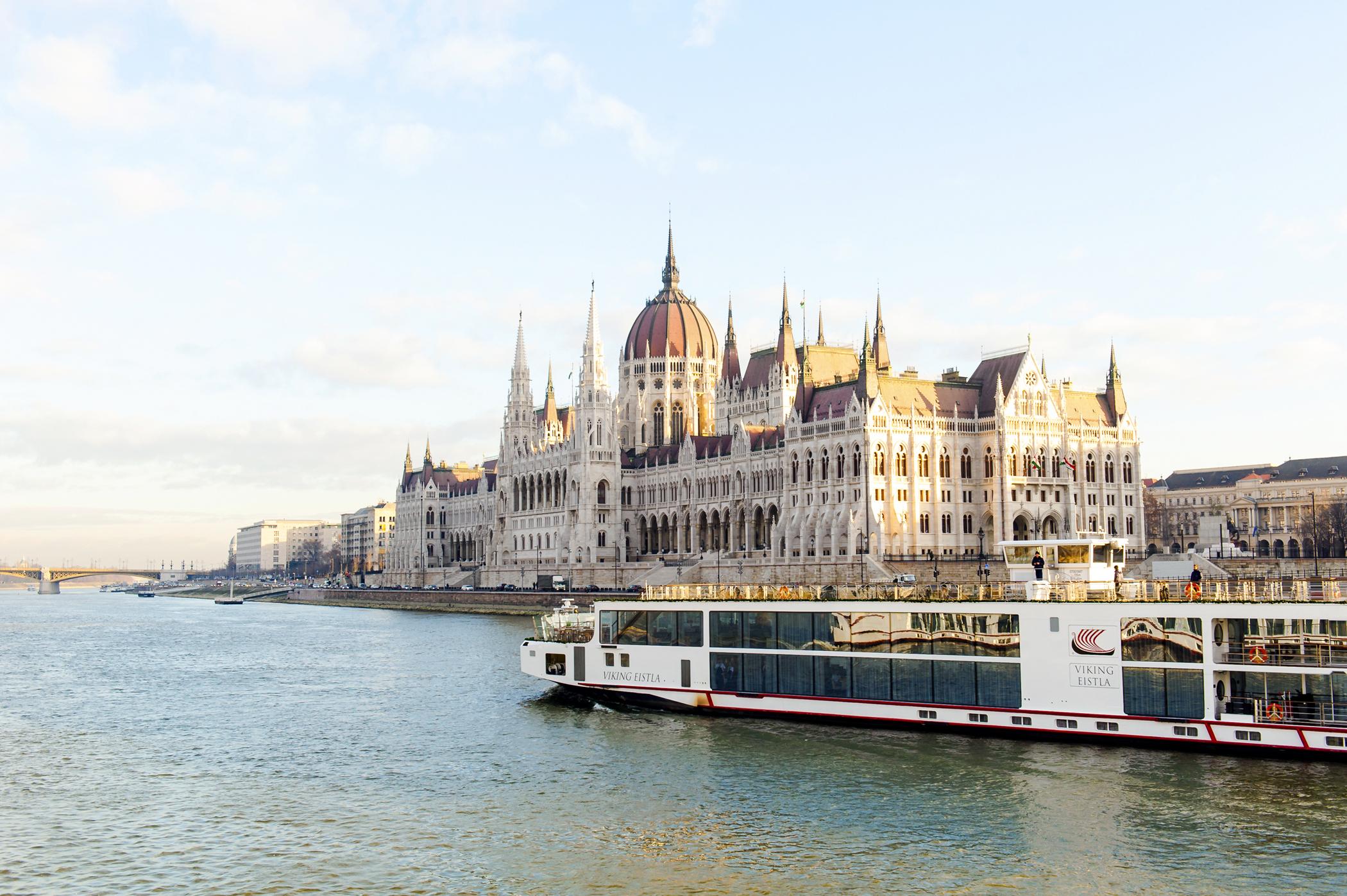 Cruising past the Budapest parliament