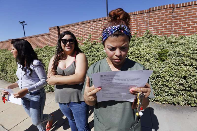 Former Corinthian Colleges student Ruby Maldanado, 20,  being notified of the closure of the for-profit school in April 2015.