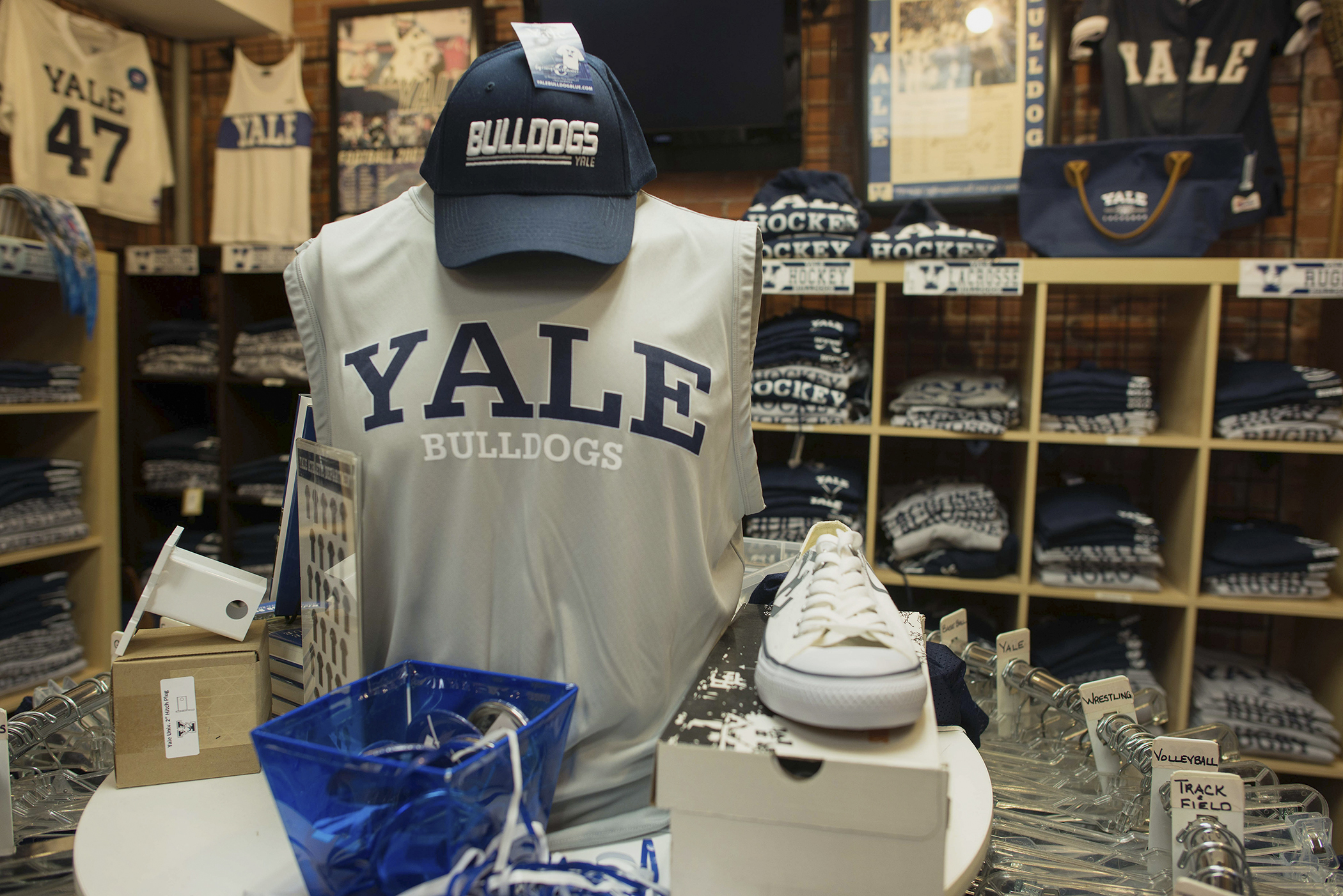 Yale Campus Store