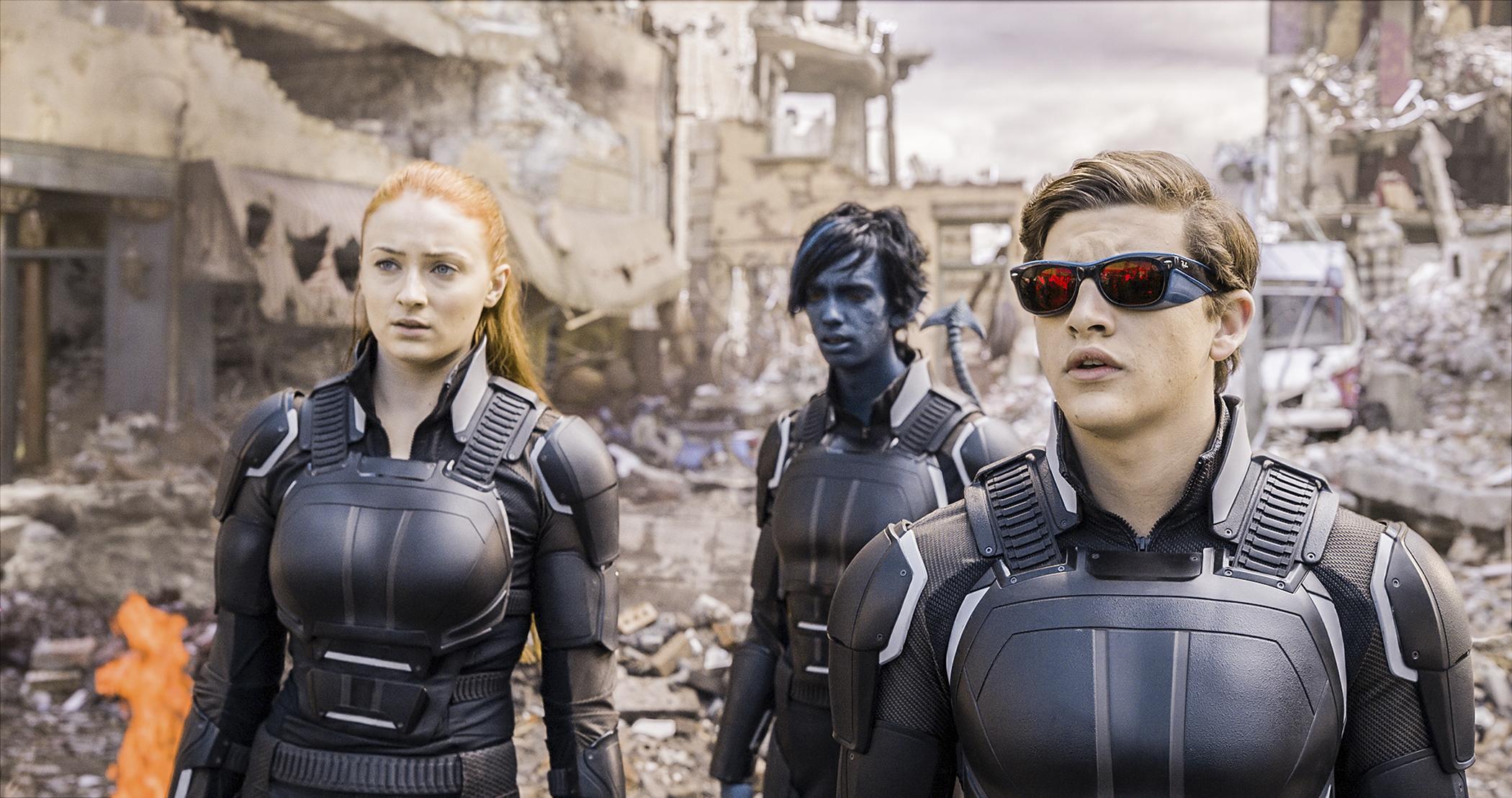 Sophie Turner as Jean Gray, Kodi Smit-McPhee as Nightcrawler and Tye Sheridan as Cyclops in X-Men: Apocalypse (2016)