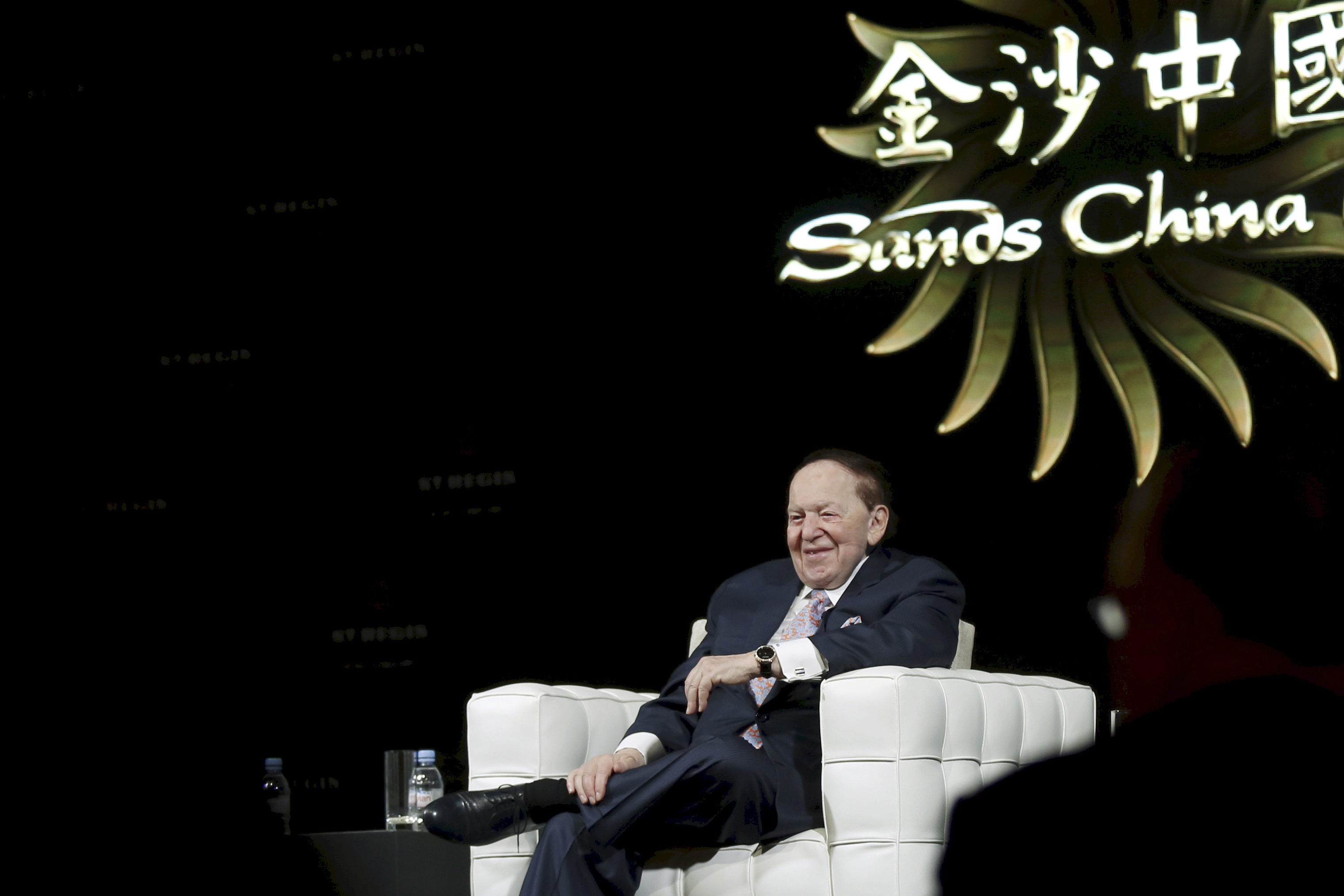 Gambling giant Las Vegas Sands Corp's Chief Executive Sheldon Adelson smiles during a news conference in Macau, China December 18, 2015.