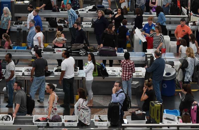 Some experts say TSA PreCheck should be available for a lower cost.