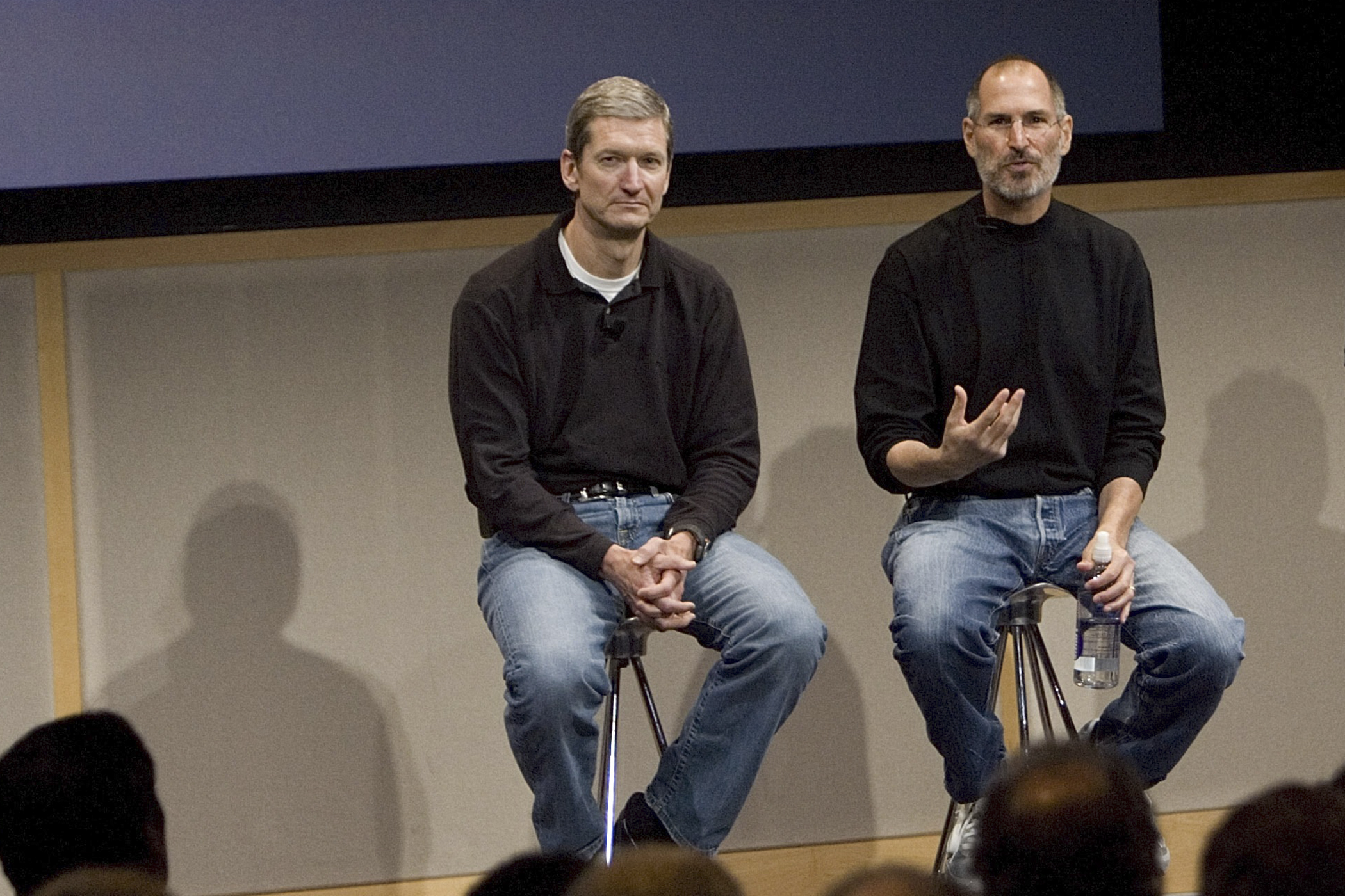 C(L-R) Tim Cook, Chief Operating Officer, Apple CEO Steve Jobs and Phil Schiller, EVP Product Marketing, answers questions after Jobs introduced new versions of the iMac and iLife applications August 7, 2007 in Cupertino, California.