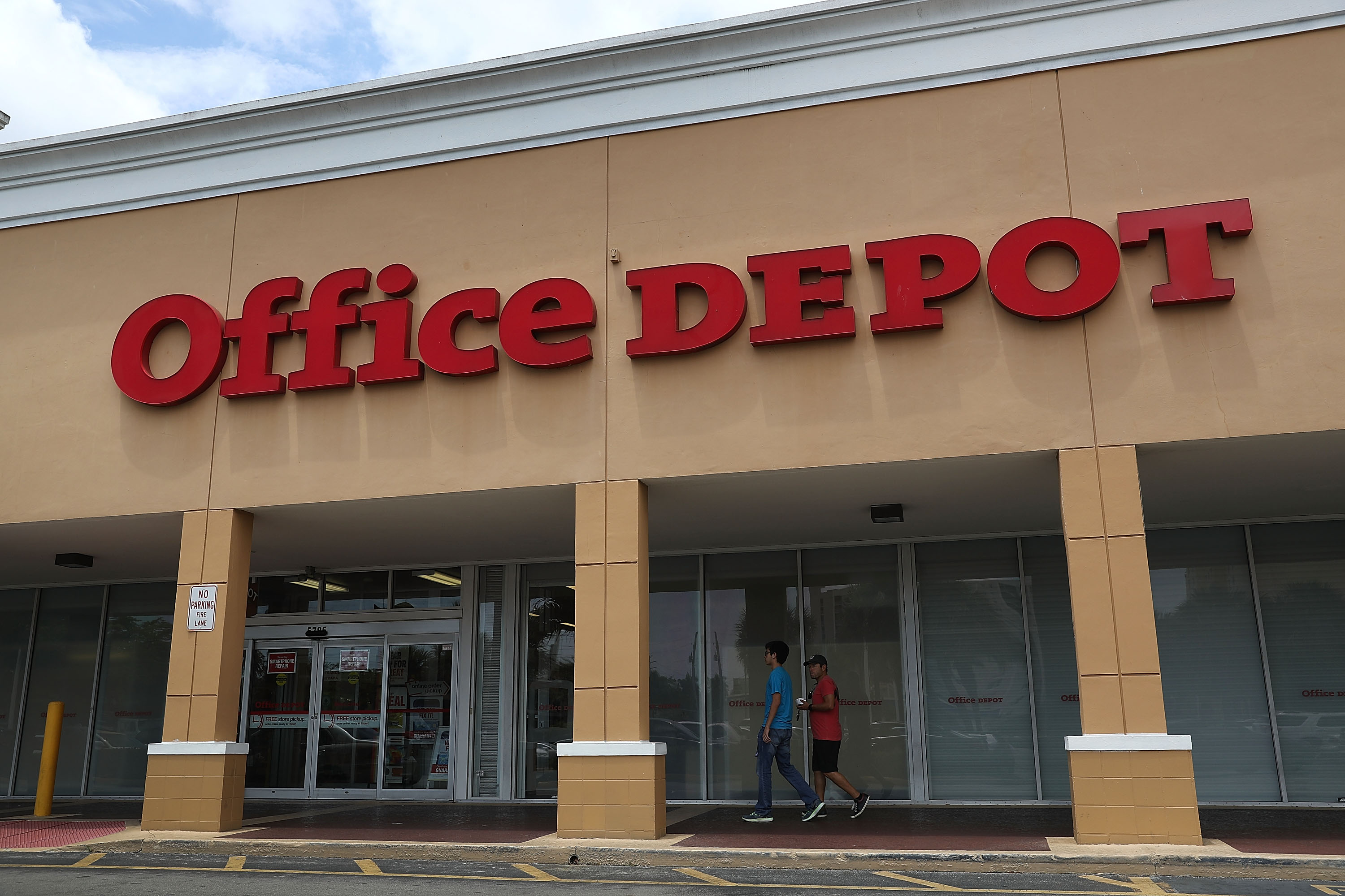 An Office Depot store is seen on May 11, 2016 in Miami, Florida. A federal judge blocked the proposed merger of Staples Inc. and Office Depot Inc. because of antitrust concerns.