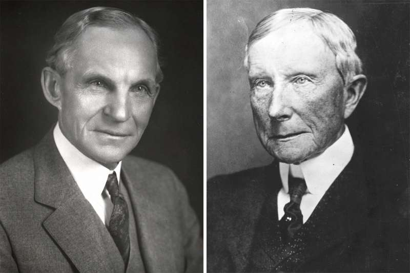 (left) American engineer and automobile manufacturer Henry Ford (1863-1947); (right) American industrialist and philanthropist John Davison Rockefeller (1839 - 1937)