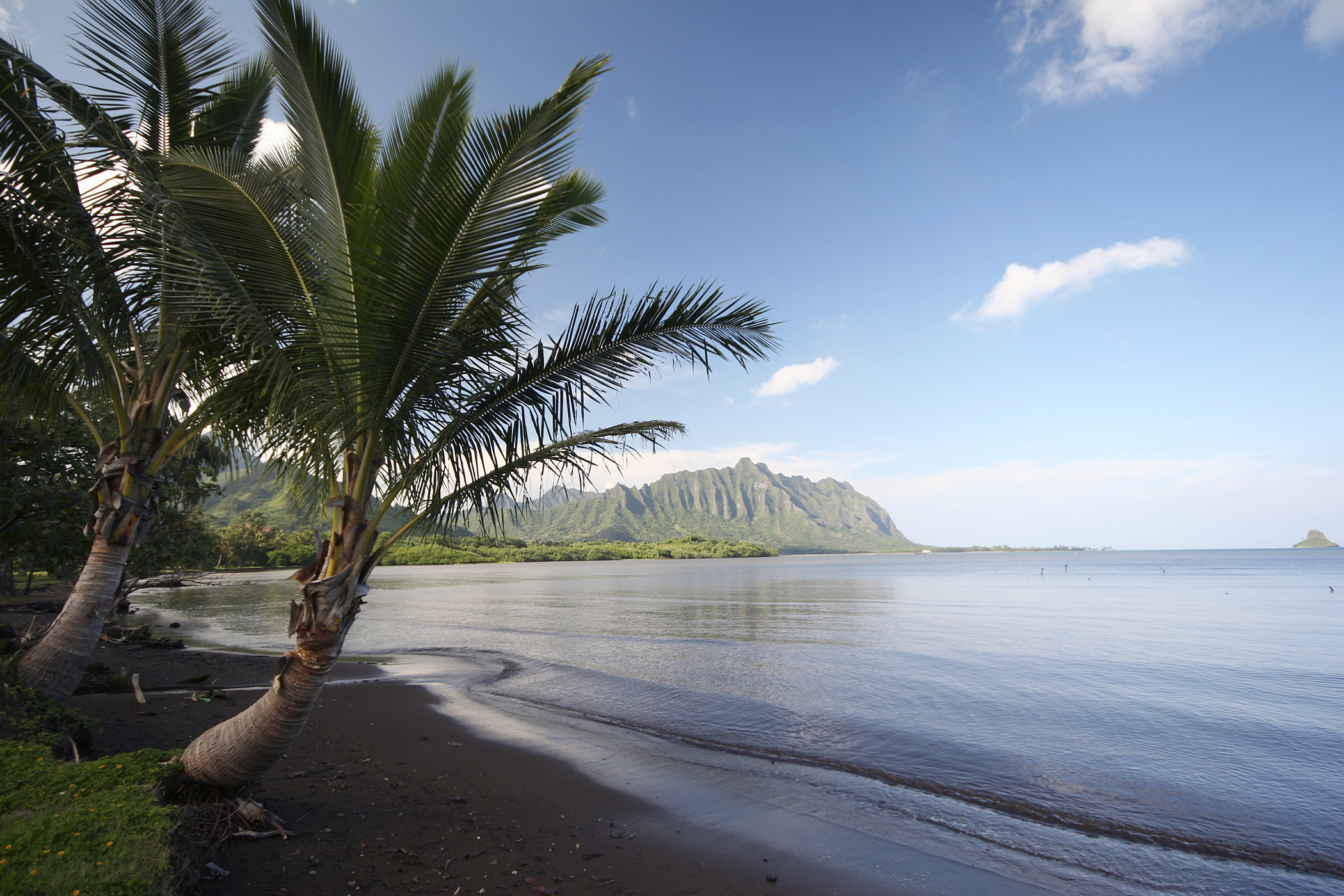 view from Waiahole Beach Park, Windward Oahu, Honolulu Directions, Oahu, November 2006