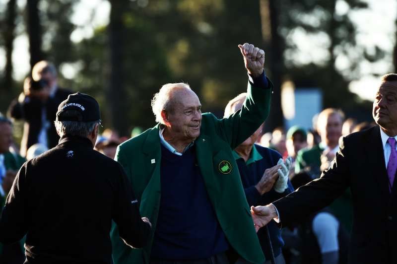Arnold Palmer waves before Round 1 of the 80th Masters Golf Tournament on April 7, 2016.