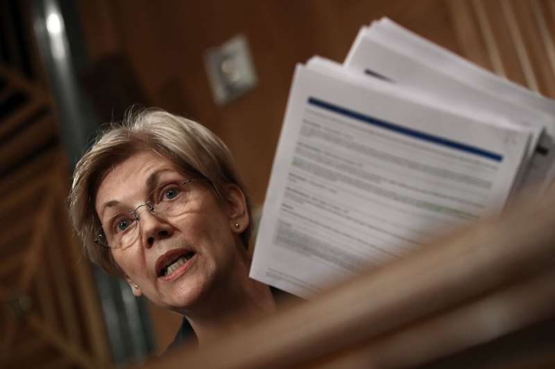 Sen. Elizabeth Warren questions John Stumpf, chairman and CEO of the Wells Fargo Company, during a hearing of the Senate Banking, Housing and Urban Affairs Committee on Sept. 20, 2016 in Washington, DC.