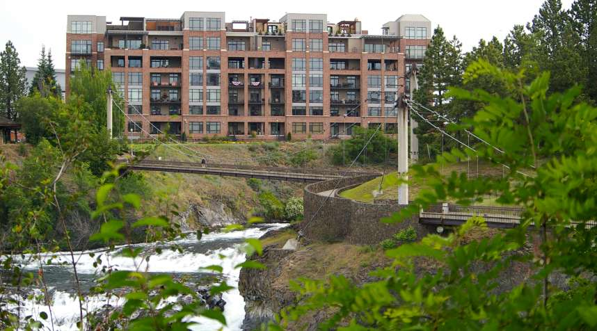 Footpath and waterfalls round the bend in Spokane