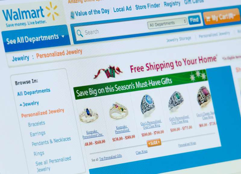 Wal-Mart, the world's biggest retailer, is offering free shipping to homes on almost 60,000 holiday items through its website .