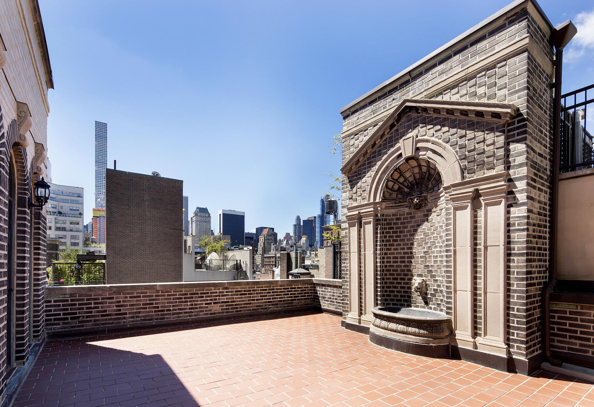Manhattan Mansion Terrace