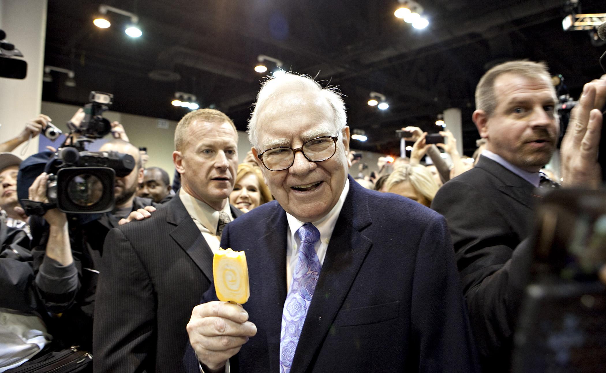 Warren Buffett at Berkshire Hathaway Shareholders Meeting