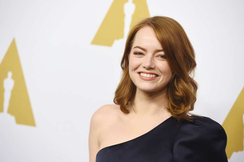 BEVERLY HILLS, CA - FEBRUARY 06:  Actress Emma Stone attends the 89th Annual Academy Awards Nominee Luncheon at The Beverly Hilton Hotel on February 6, 2017 in Beverly Hills, California.  (Photo by Kevin Winter/Getty Images)
