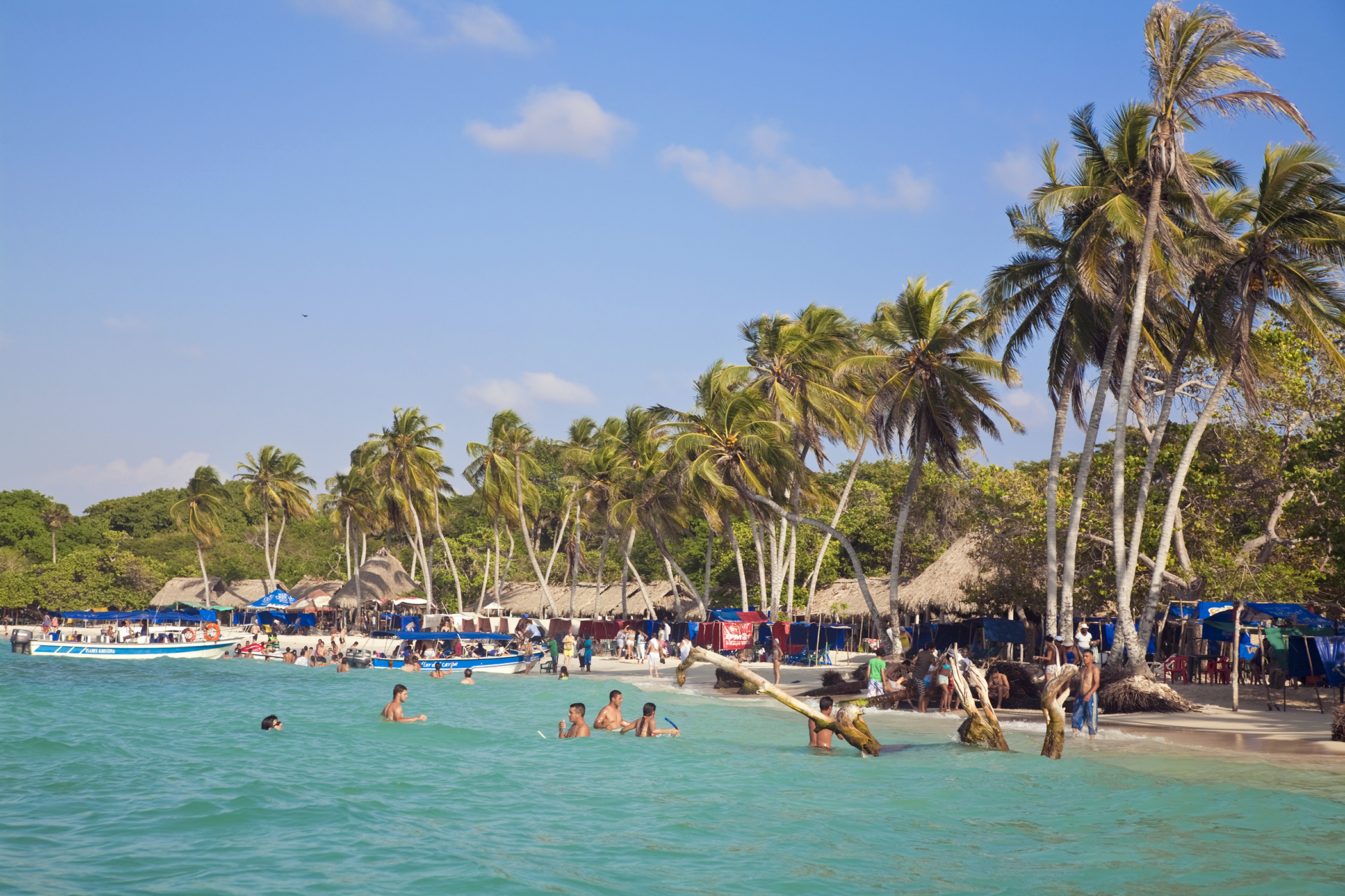 170316-travel-best-beaches-playa-blanca-colombia