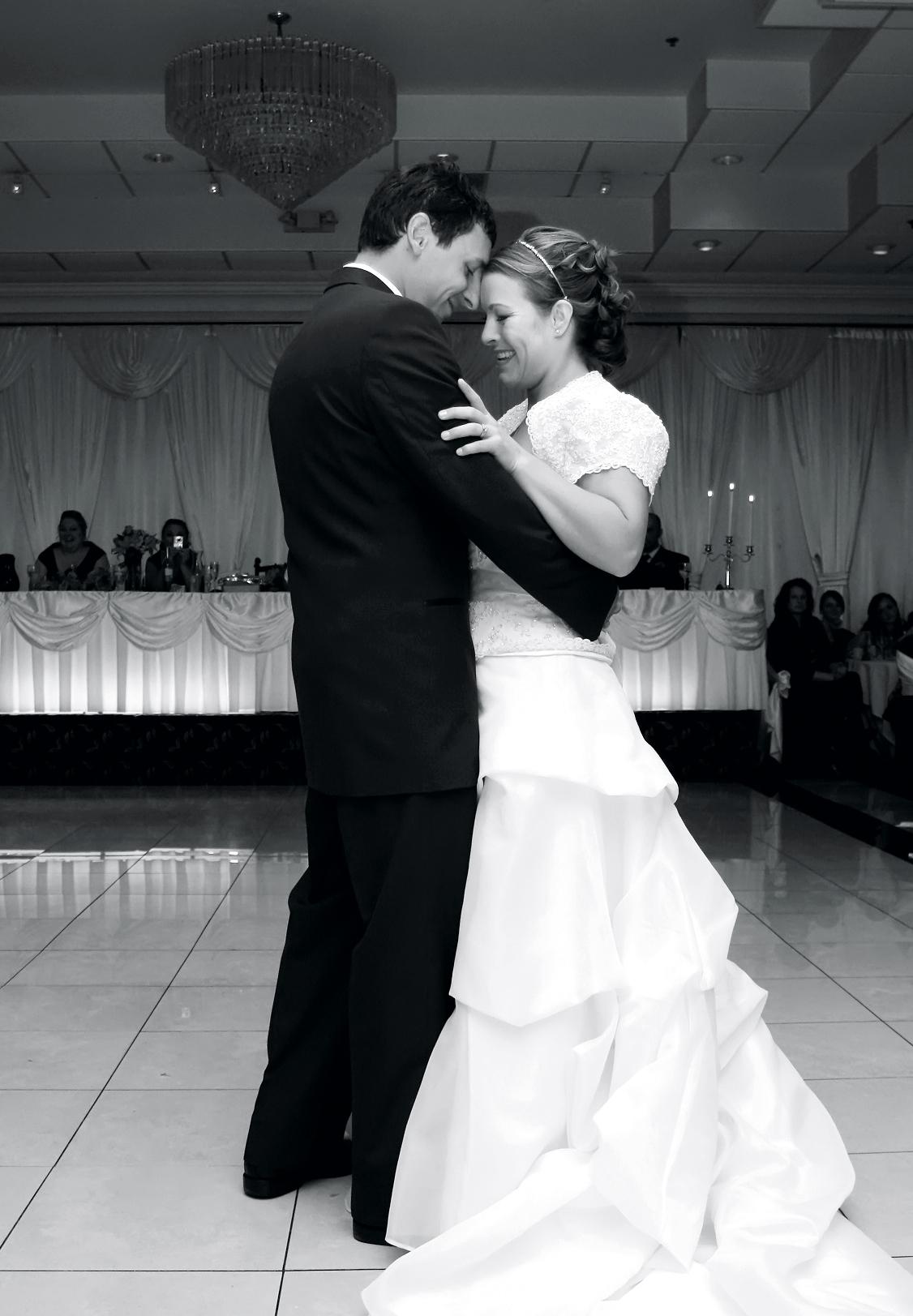 170515-newlyweds-loewes
