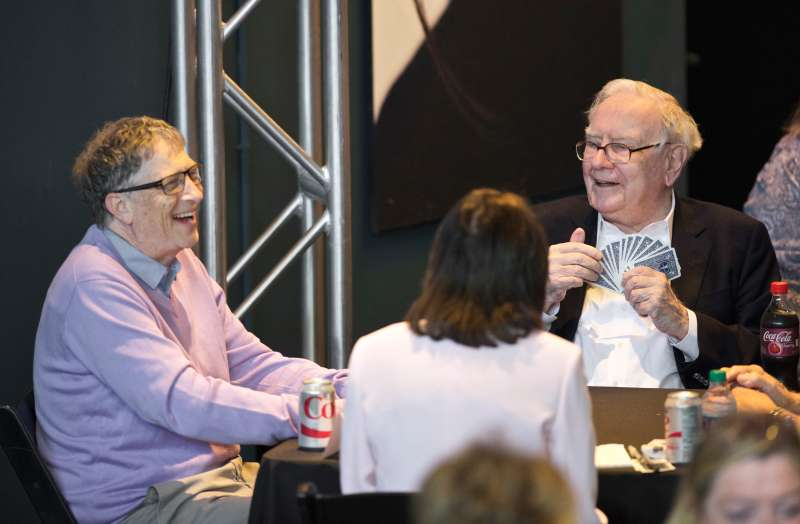 Warren Buffett, right, plays bridge with Bill Gates in Nebraska in May 2017.