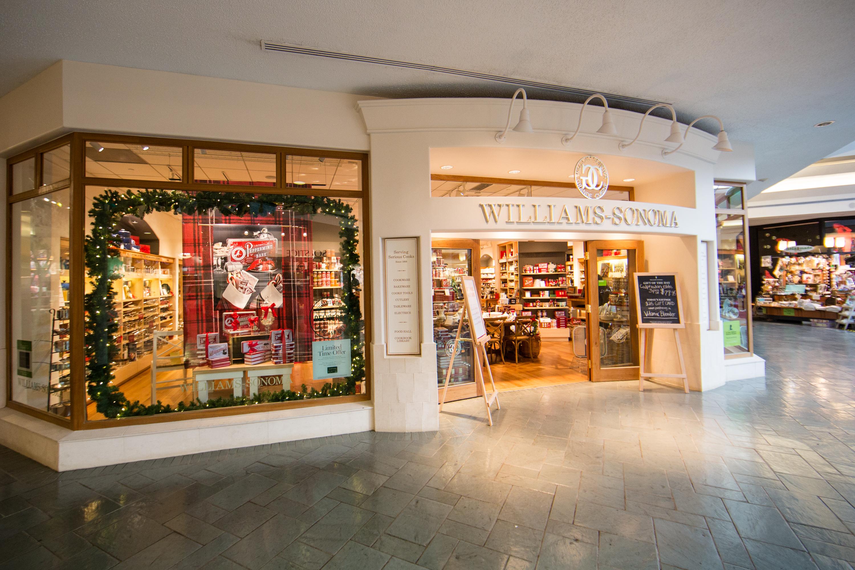 2014 Holiday Shopping Windows - New Orleans, Louisiana