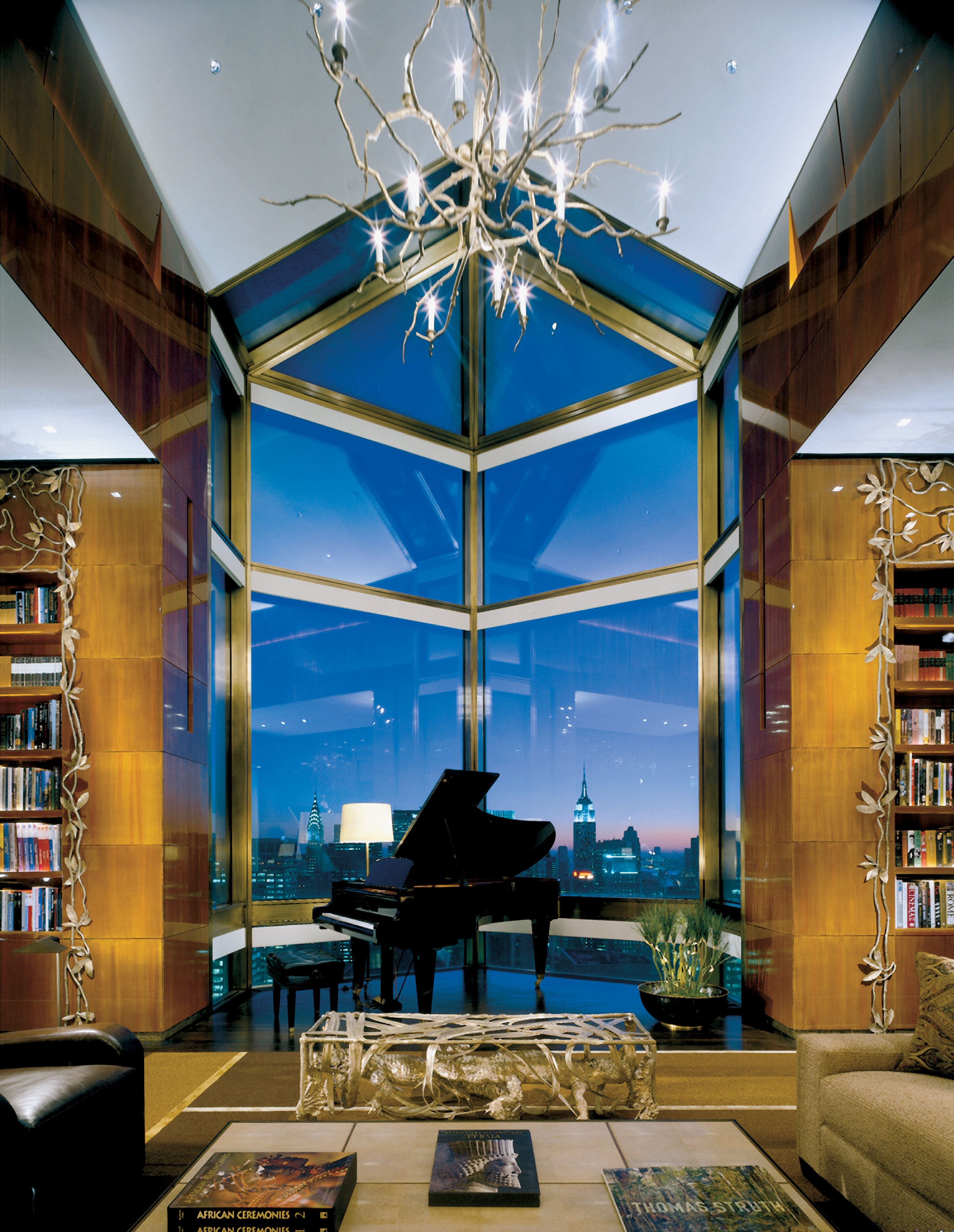 171102-lavish-hotel-rooms-ty-warner-penthouse-four-seasons-new-york-city