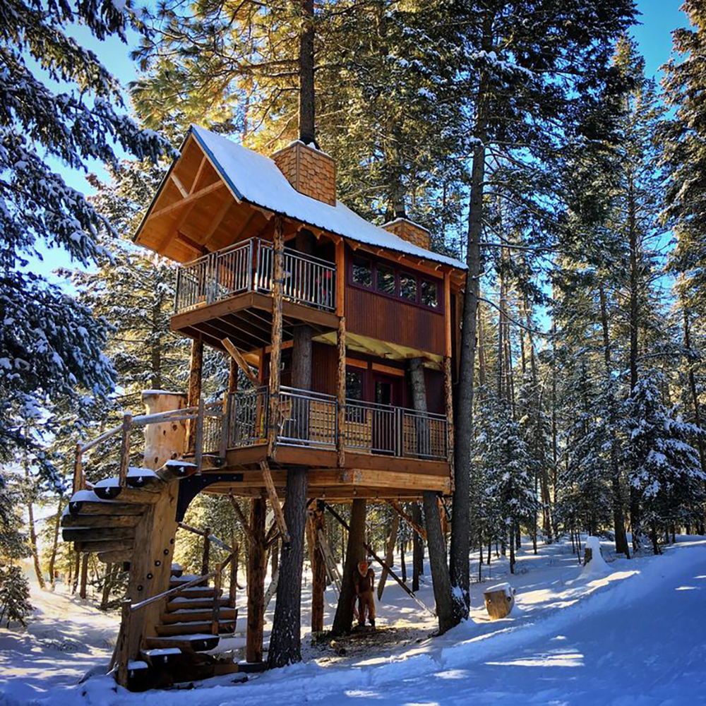 171110-treehouse-columbia-falls-exterior