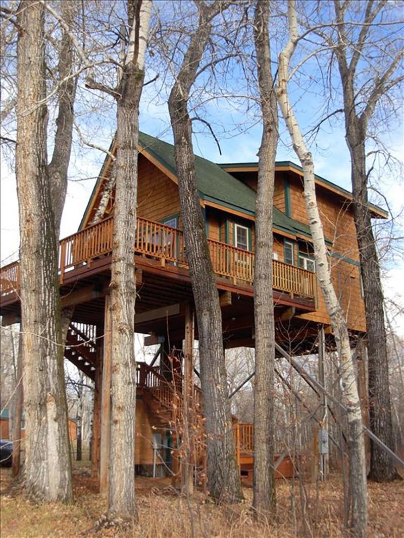 171110-treehouse-four-corners-exterior