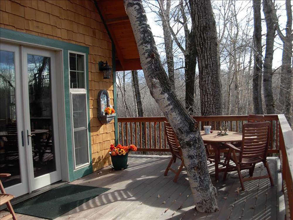 171110-treehouse-four-corners-interior