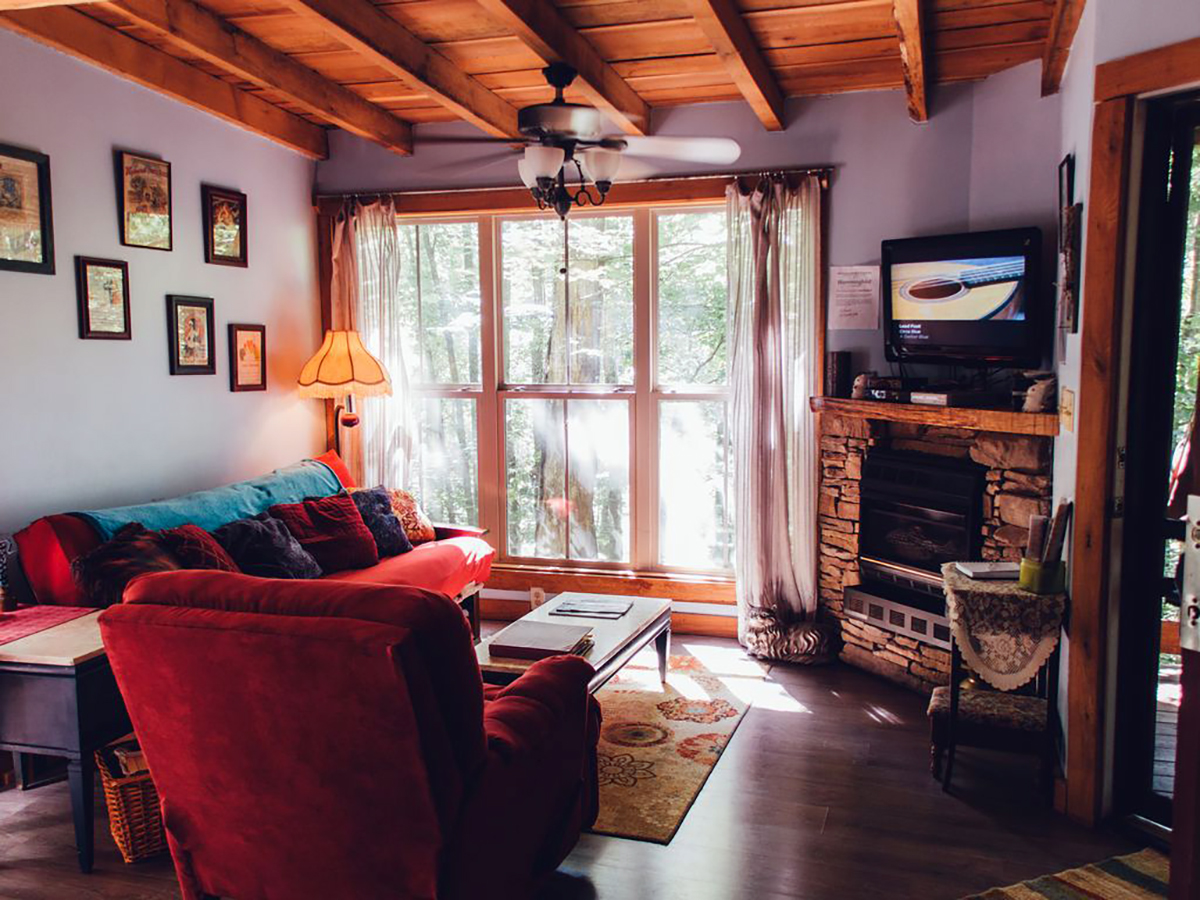 171110-treehouse-monteagle-interior