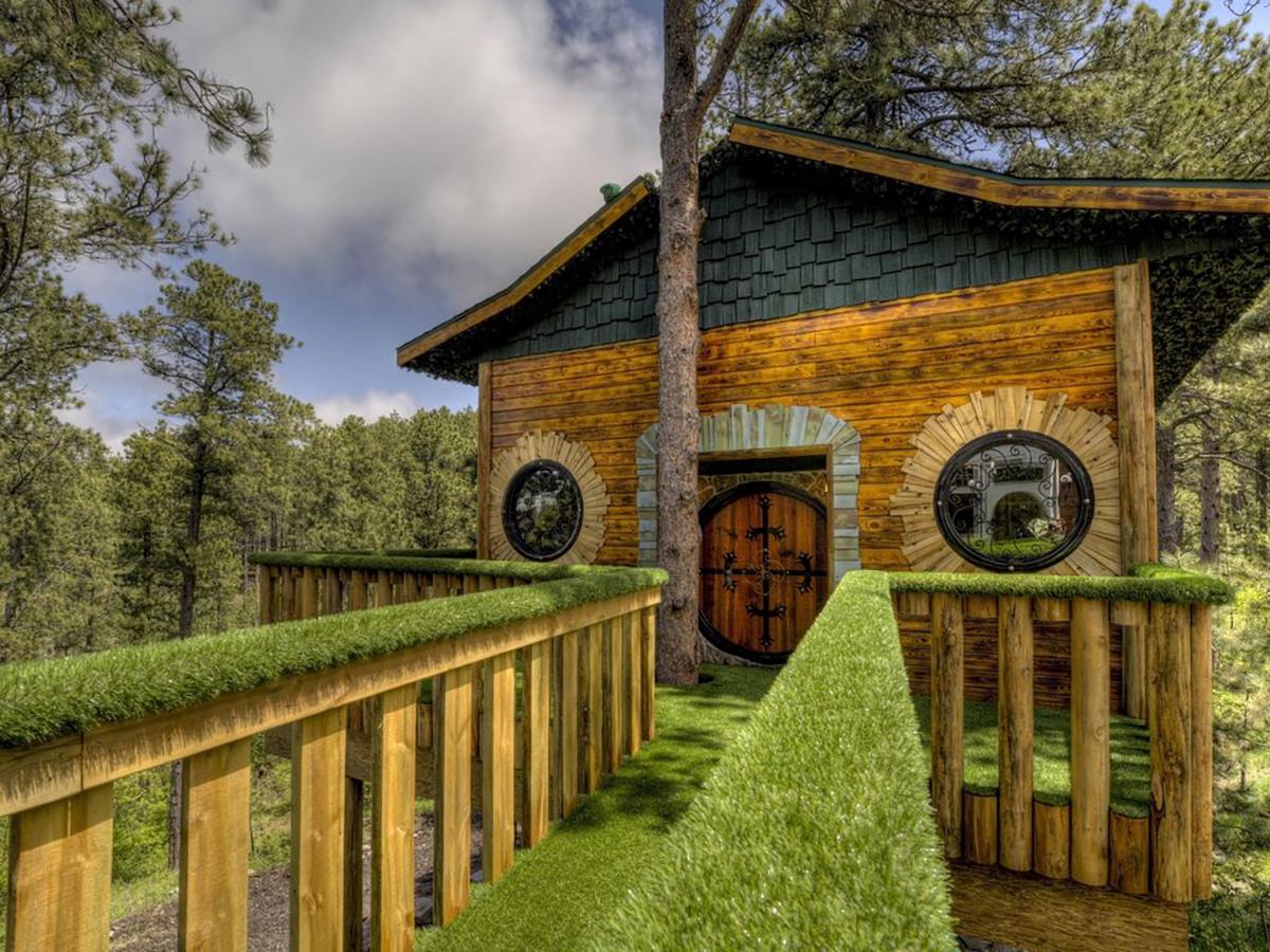 171110-treehouse-sturgis-exterior