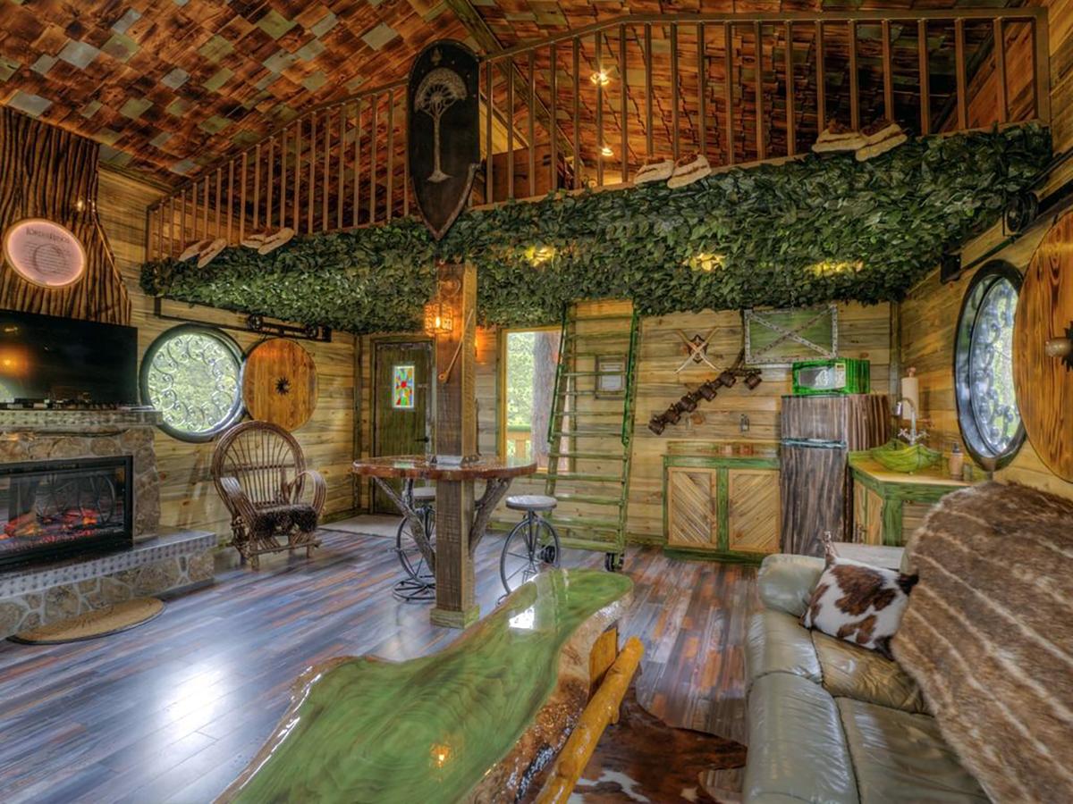 171110-treehouse-sturgis-interior