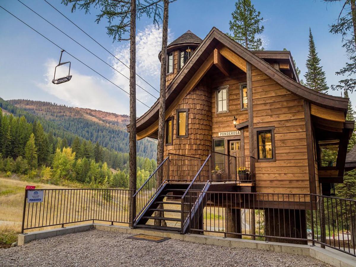 171110-treehouse-whitefish-exterior
