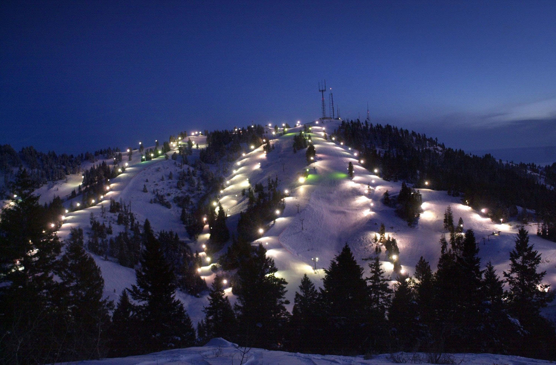 171207-ski-destinations-bogus-basin-idaho