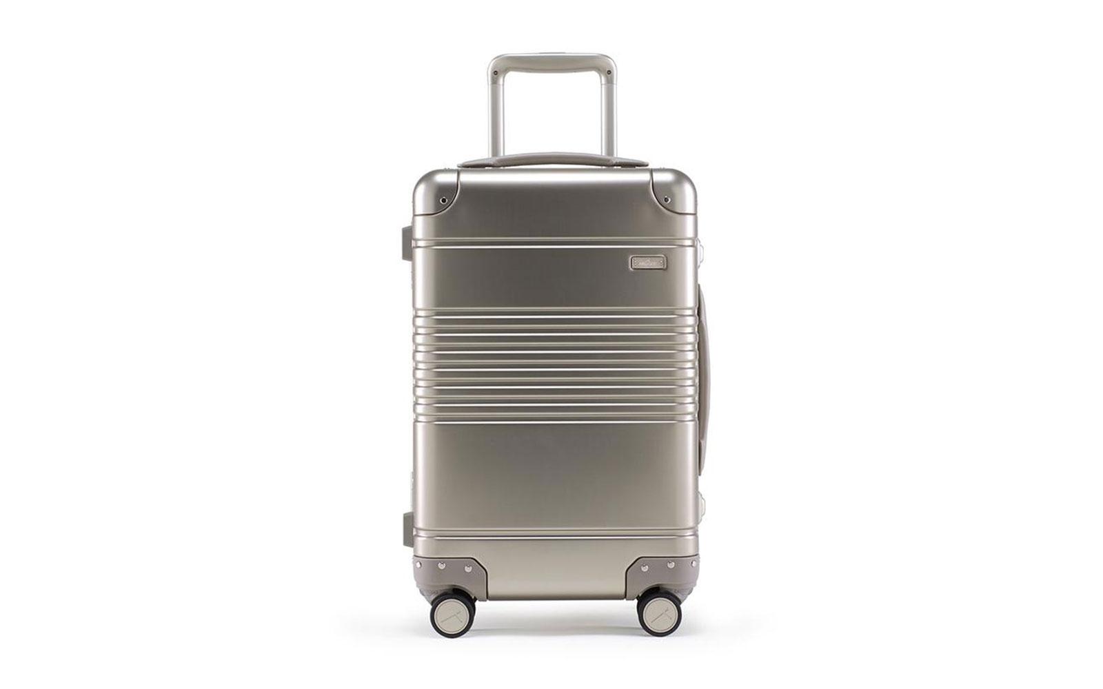 arlo skye smart suitcase